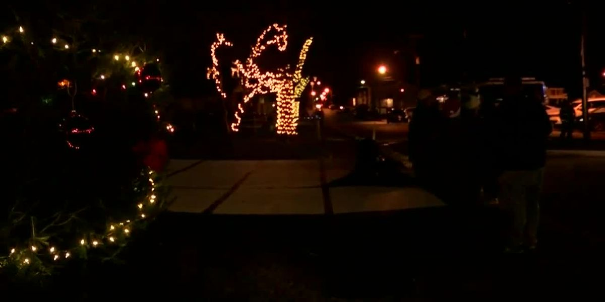 Shawnee neighborhood holds first-ever Light Up event
