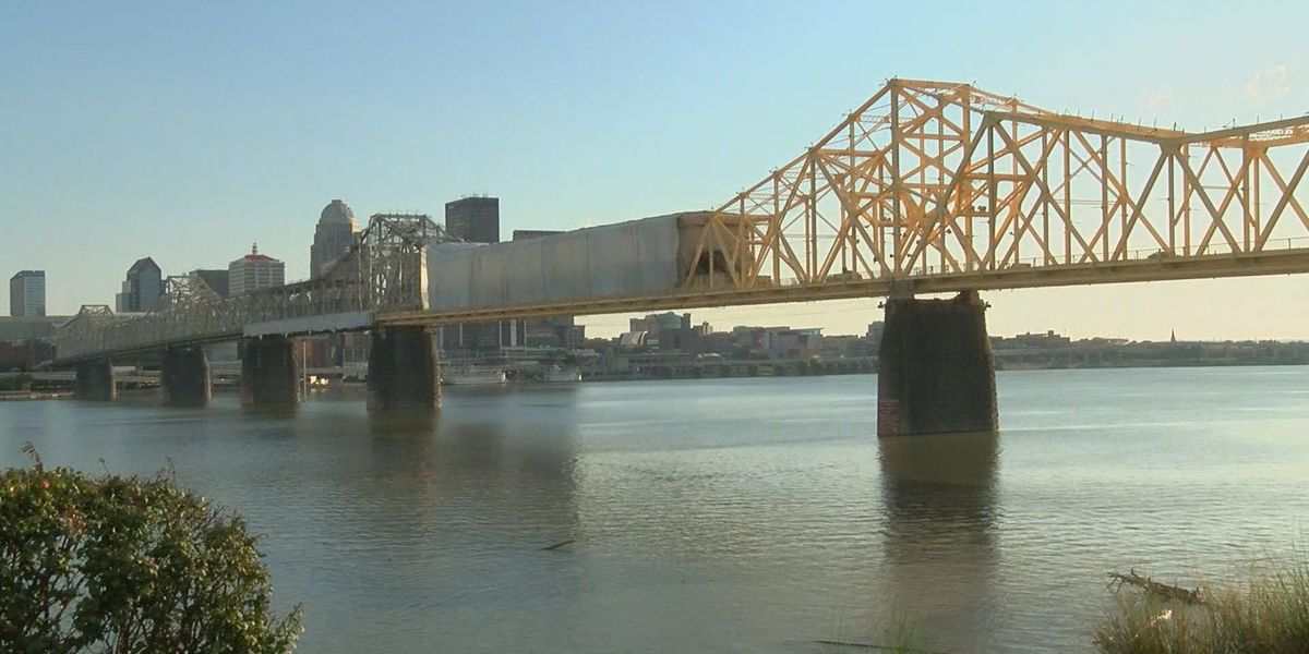 Nightly closures of Clark Memorial Bridge start back up for painting project