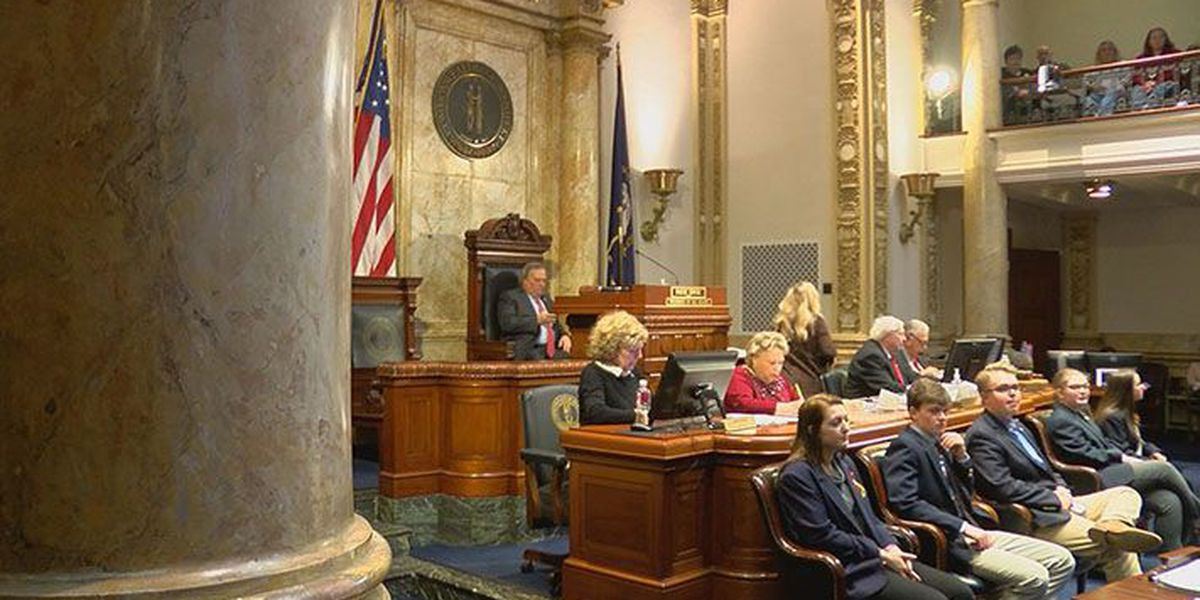 Key Bevin proposal axed from KY pension bill