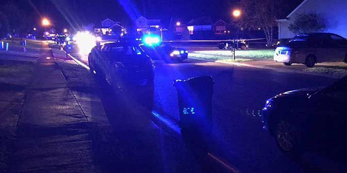 1 hospitalized following burglary, shooting in Louisville