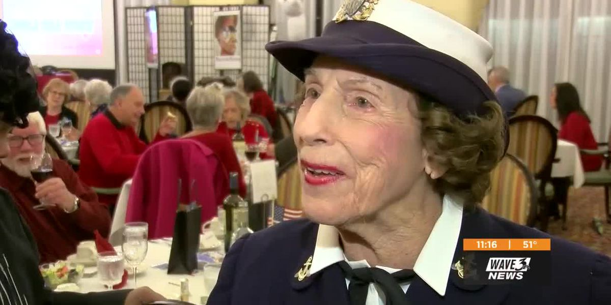 Performance honors women who served in WWII