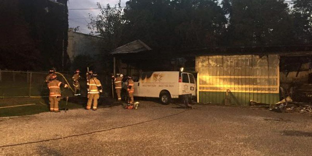 New Albany building destroyed in early morning fire