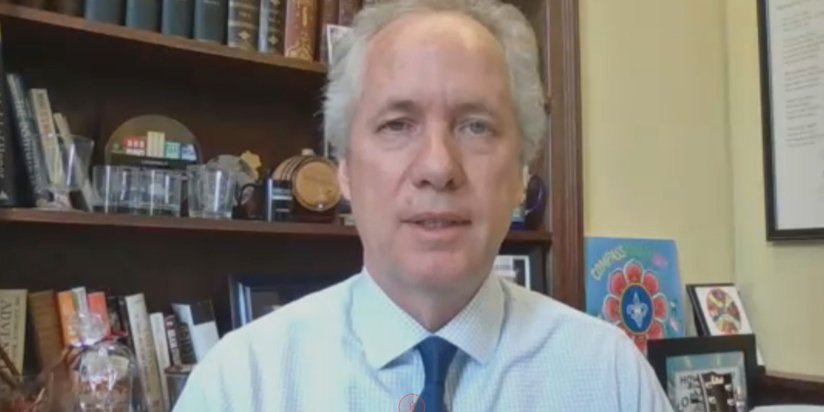 WATCH LIVE : Louisville mayor Greg Fischer hosts town hall Q&A with Dr. Jon Klein