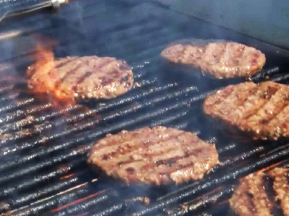 Food safety tips for your 4th of July cookout