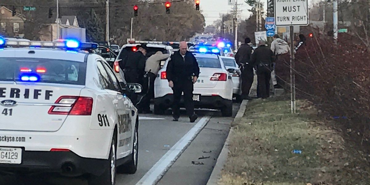 Shoplifter gets caught by off-duty officer, leads authorities on chase