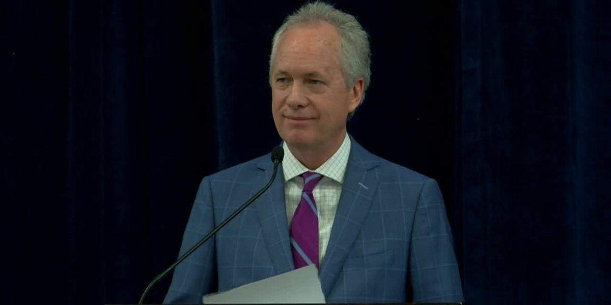 Mayor Fischer says his wife has coronavirus