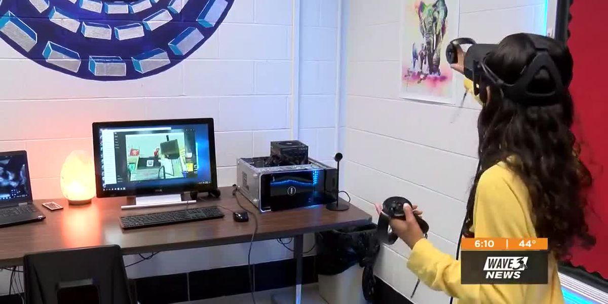JCPS elementary incorporates virtual reality into teaching