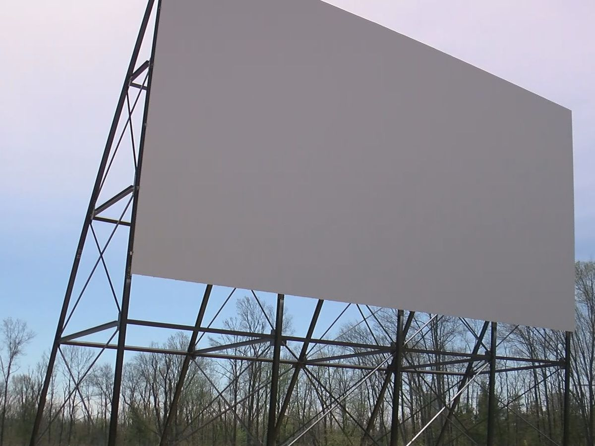 Churches plan Sunday services at Oldham Co drive-in