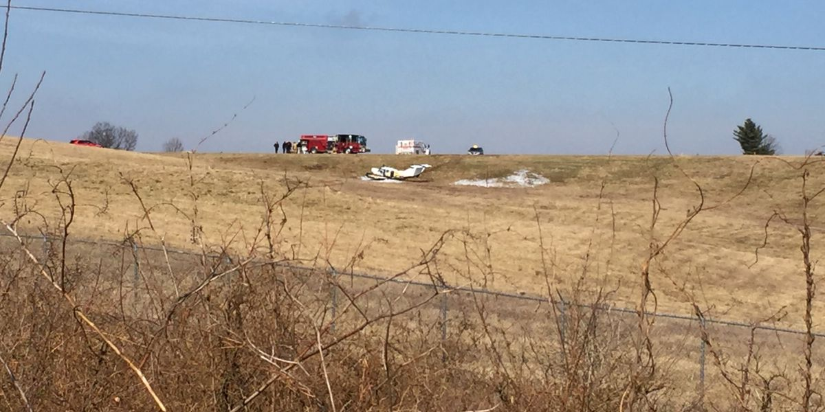 Small plane crashes, catches fire at Frankfort airport