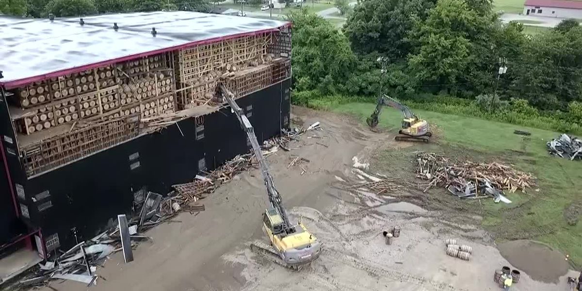 Partially collapsed rickhouse in Owensboro to be torn down