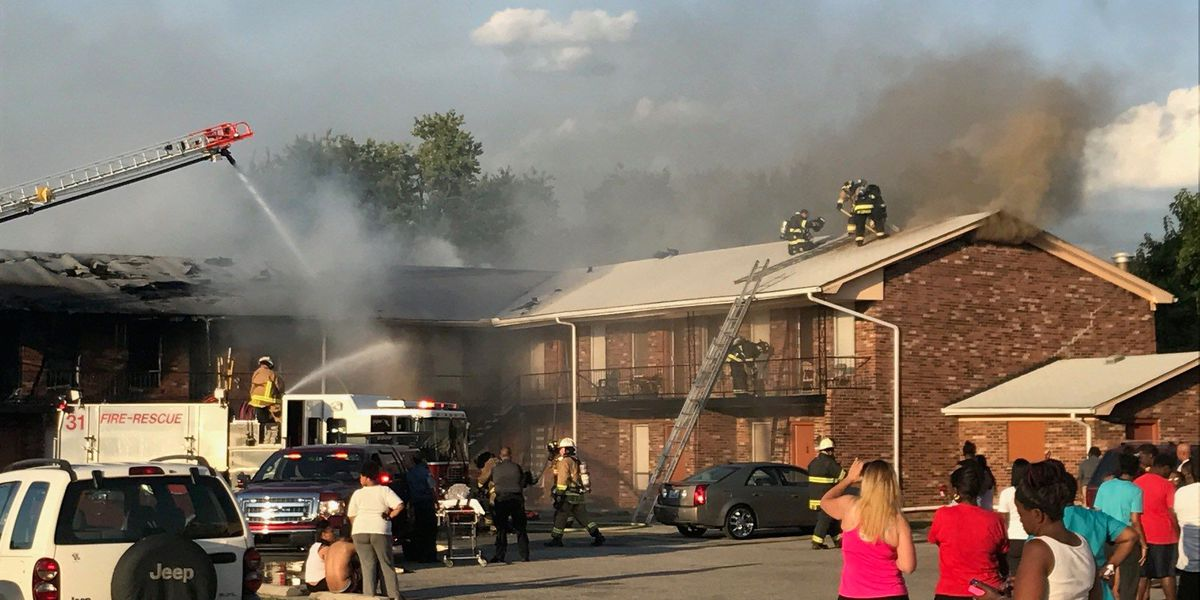 Fire rips through apartment building in southwest Louisville