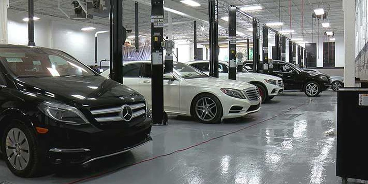 JCTC students on fast track to careers with Mercedes-Benz