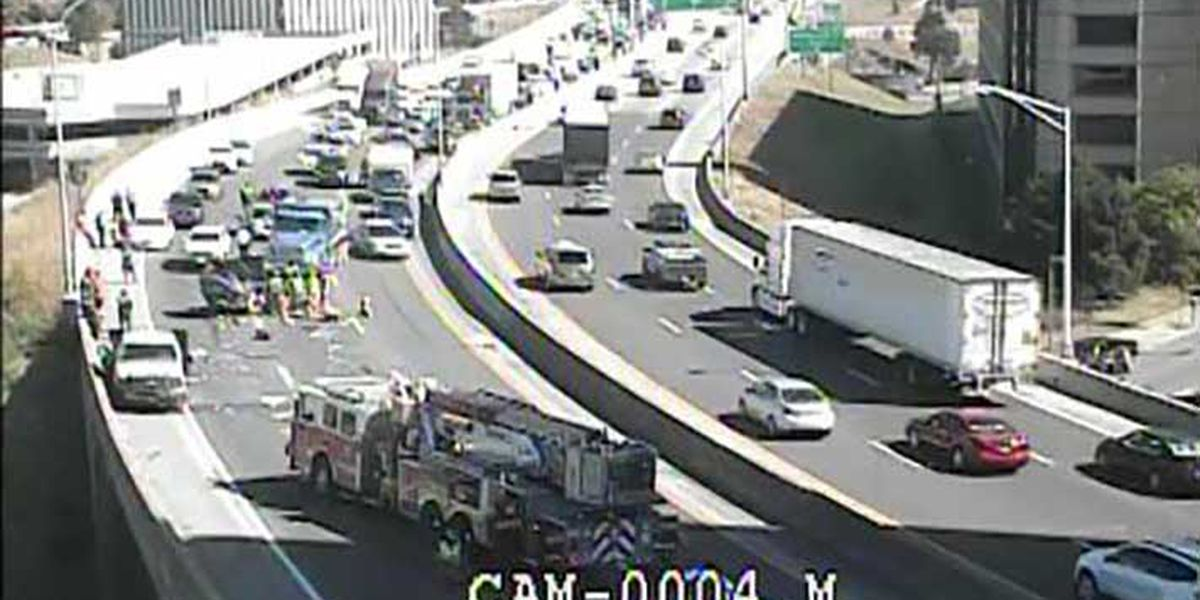 UPDATE: Crash in Hospital Curve cleared, I-65 South through downtown