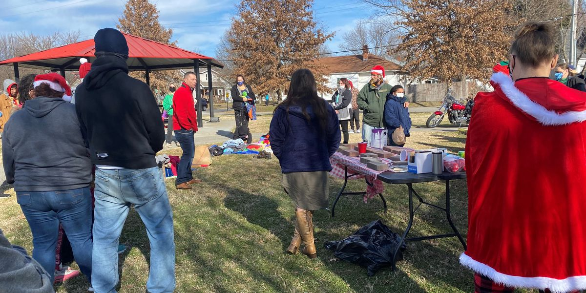 Food and medical supplies given to New Albany homeless