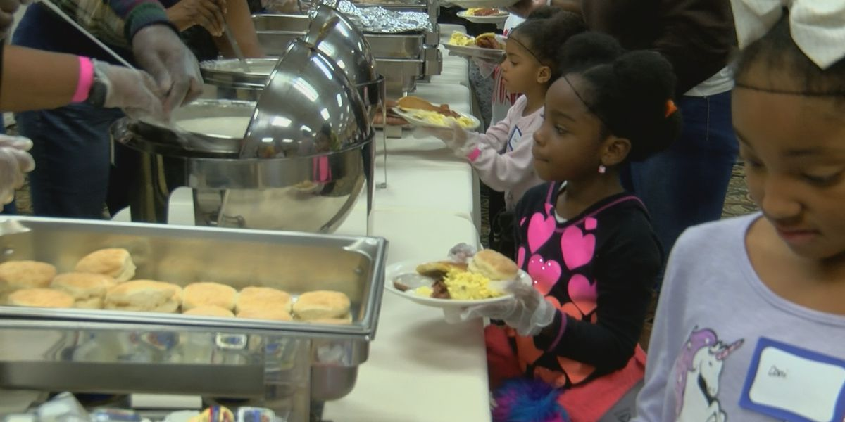 Wayside Christian Mission needs 2,000 desserts to feed homeless on Christmas