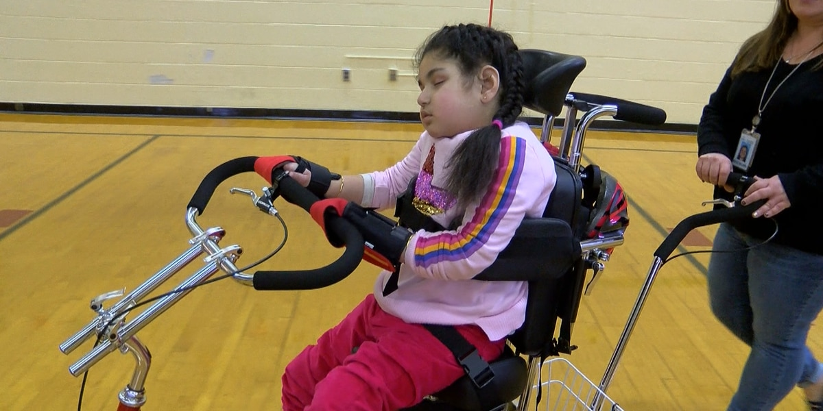 JCPS student receives mobility bike from Louisville Kiwanis Club