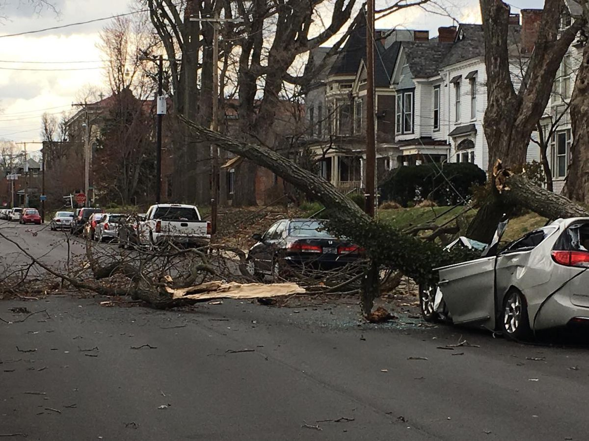 Thousands remain without power in Louisville, outages reported all over WAVE Country