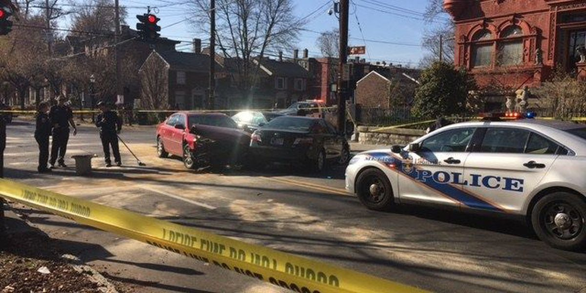 UPDATE: Toddler accidentally shoots self, father gets in wreck rushing to hospital