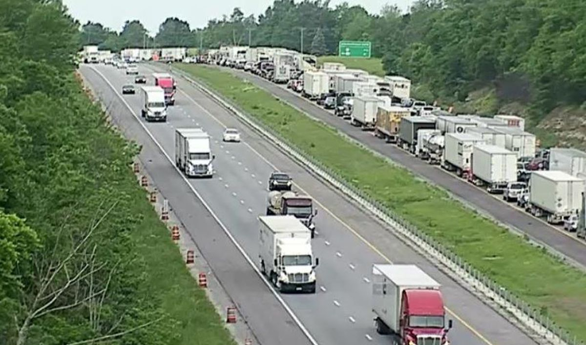 2 Lanes Of I 65 Near Elizabethtown Reopened After Semi