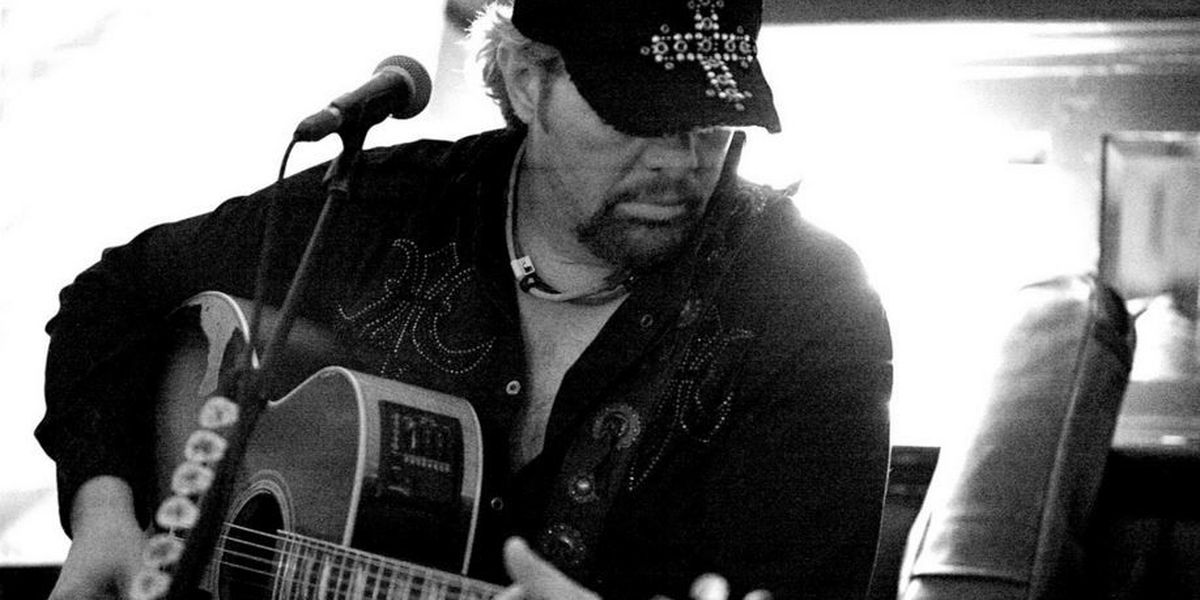 Toby Keith to perform at KFC Yum! Center in May as part of NRA convention