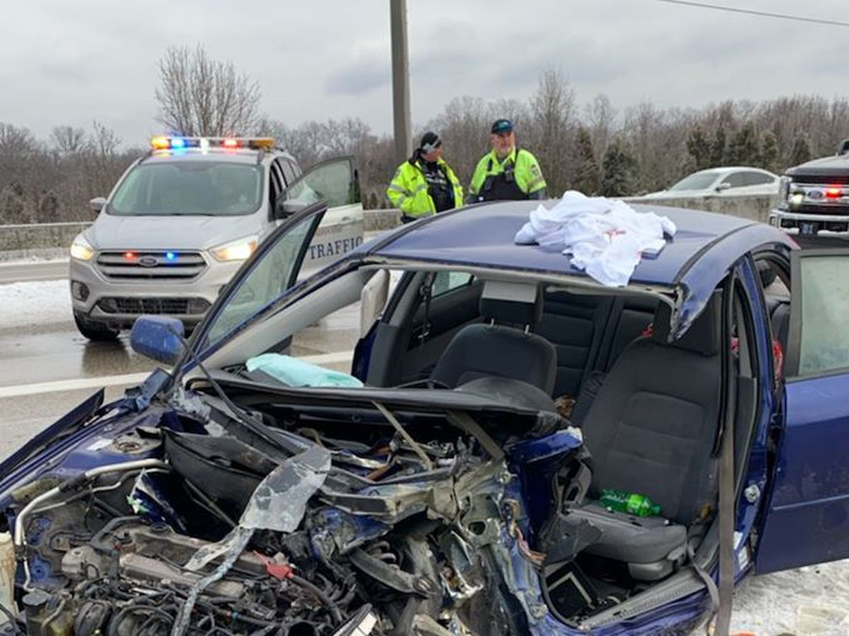 Two people seriously injured in I-264 crash