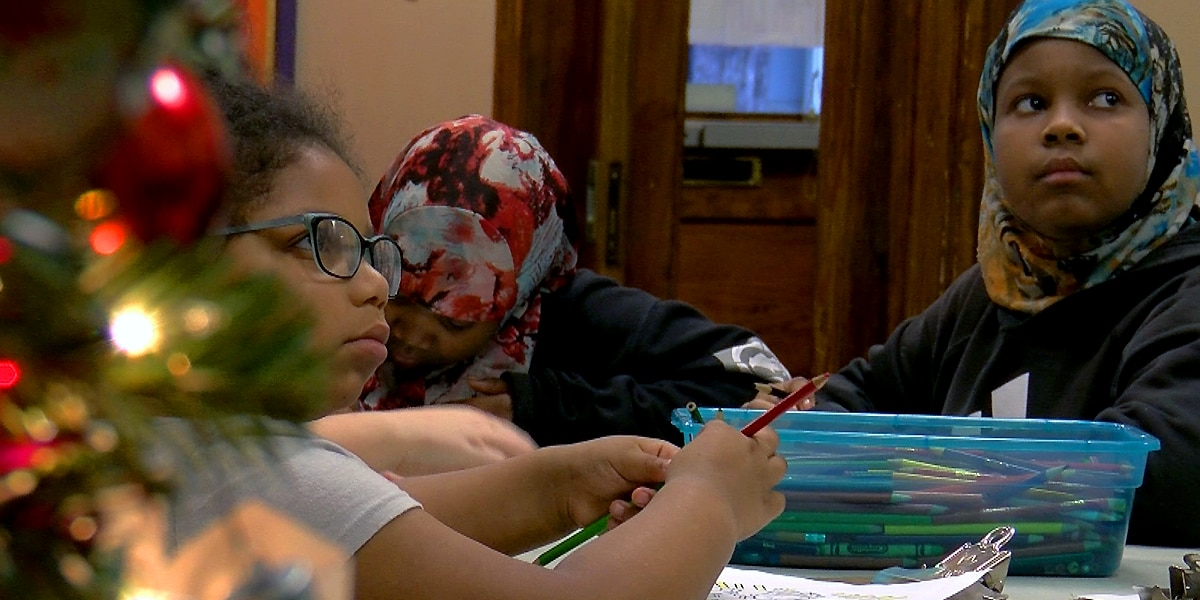 Louisvillian kids learn about Kwanzaa at Cabbage Patch Settlement House