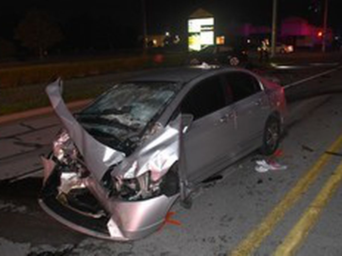 2 juveniles injured, man charged with OWI in New Albany crash