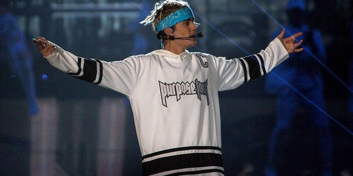 IMAGES: Thousands pack Yum! Center to see Justin Bieber
