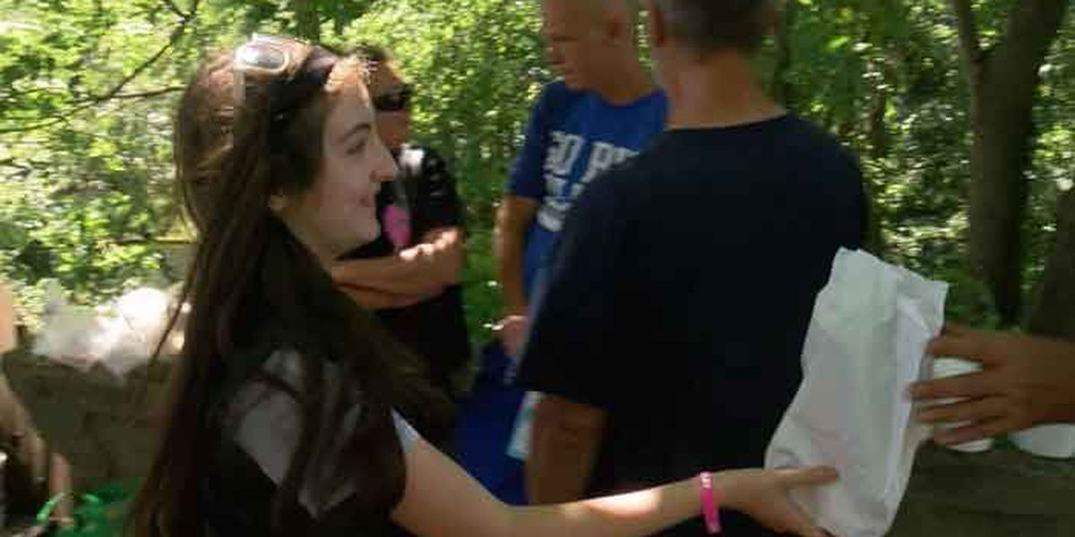 Teen celebrates birthday by giving care packages to homeless