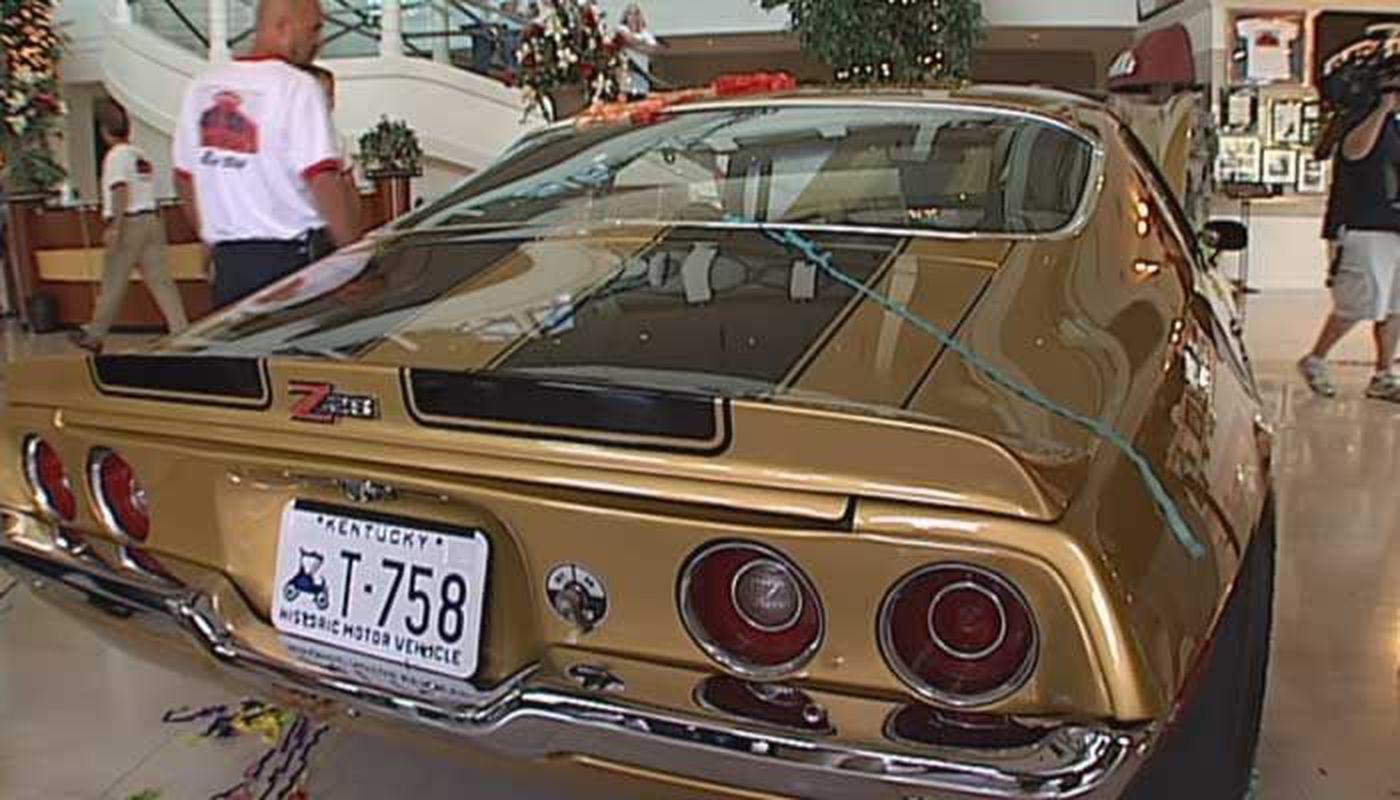 Papa Johns Founders Car Stolen At Detroit Car Show - Car show louisville ky