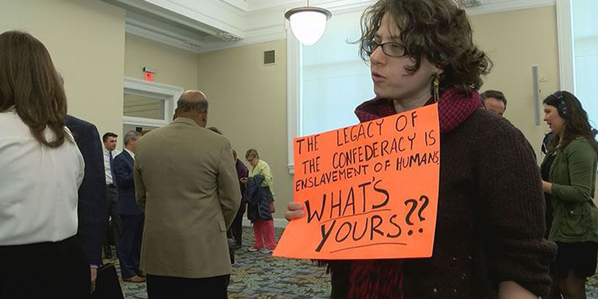 Advisory committee discusses future of confederate monuments in Louisville