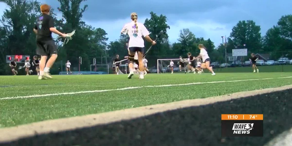 Trinity, Sacred Heart play lacrosse game ... with a twist