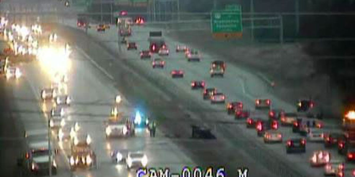 All lanes of I-265 reopen after multiple wrecks in Middletown