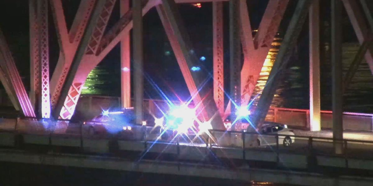 Clark Memorial Bridge reopens after multiple crashes