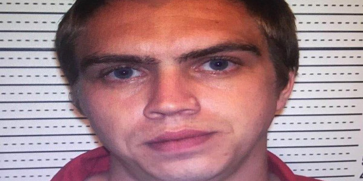 Seymour Police ask for public's help finding wanted man