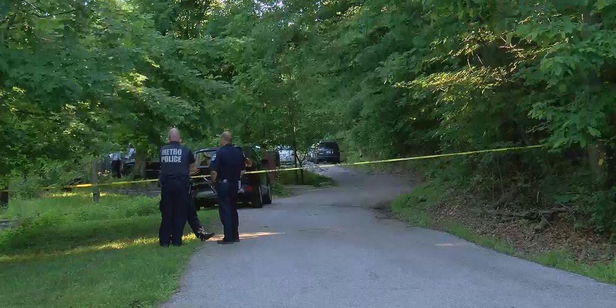 1 dead following shooting in south Louisville