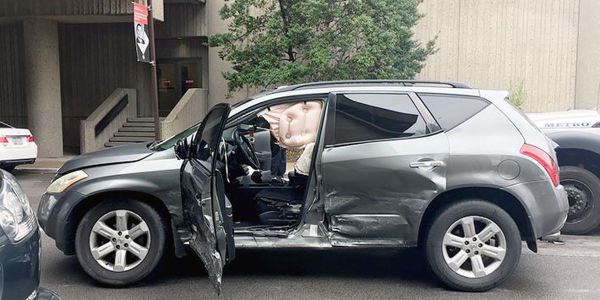 Pedestrian struck in downtown Louisville