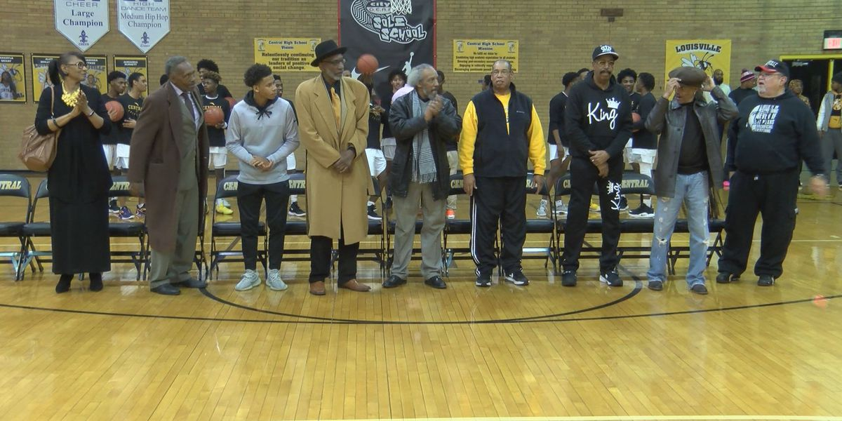 Central celebrates 50th reunion of 1969 State Champs