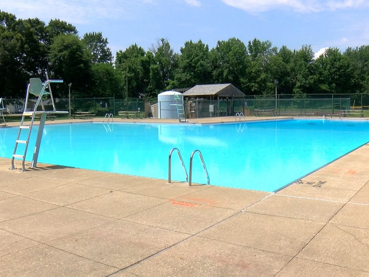 Three more community pools to reopen in Louisville