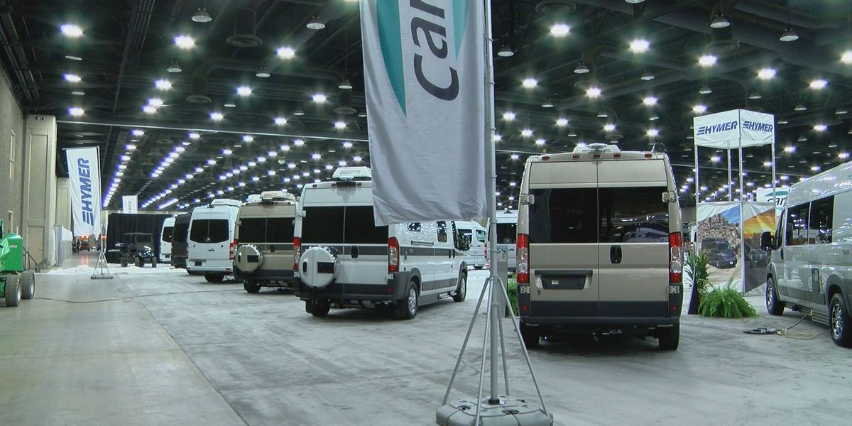 RV show brings thousands to Louisville
