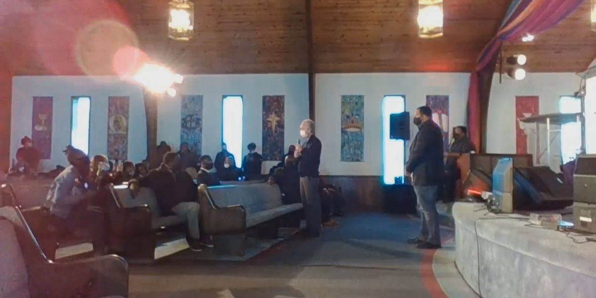 Community calls for transparency during conversation with Mayor Fischer, LMPD Chief Shields