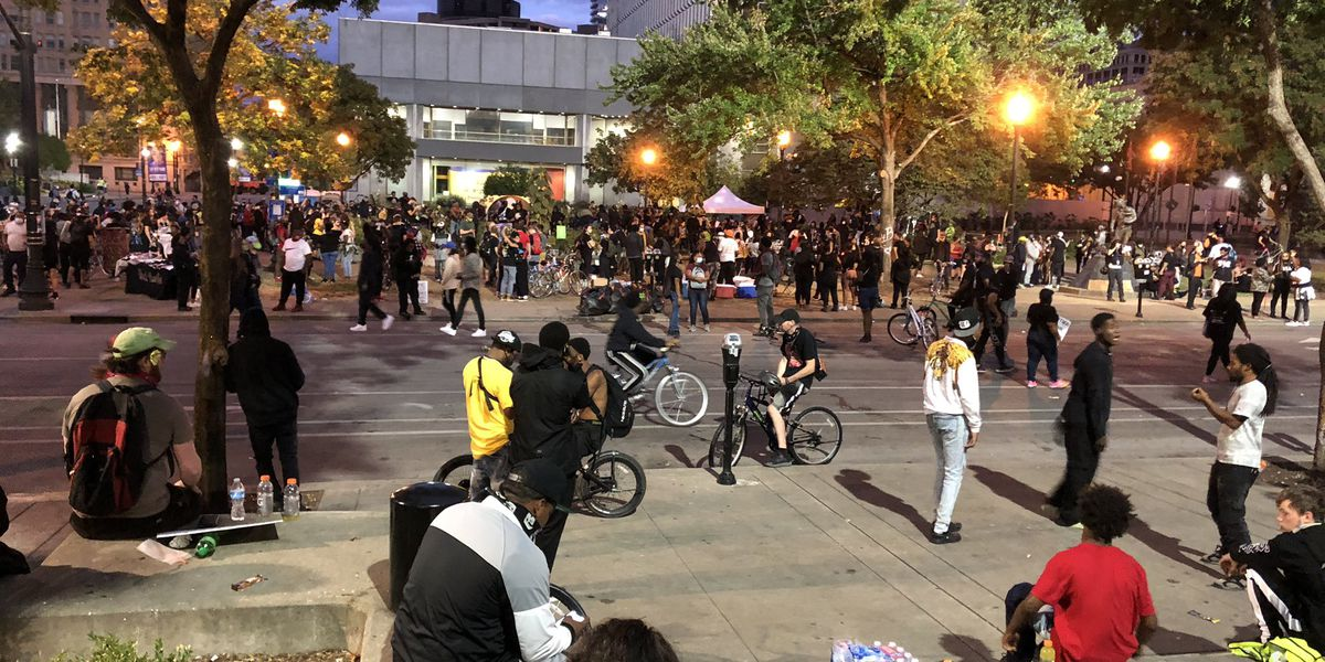 Friday night protests in Louisville continue past 9 p.m. curfew