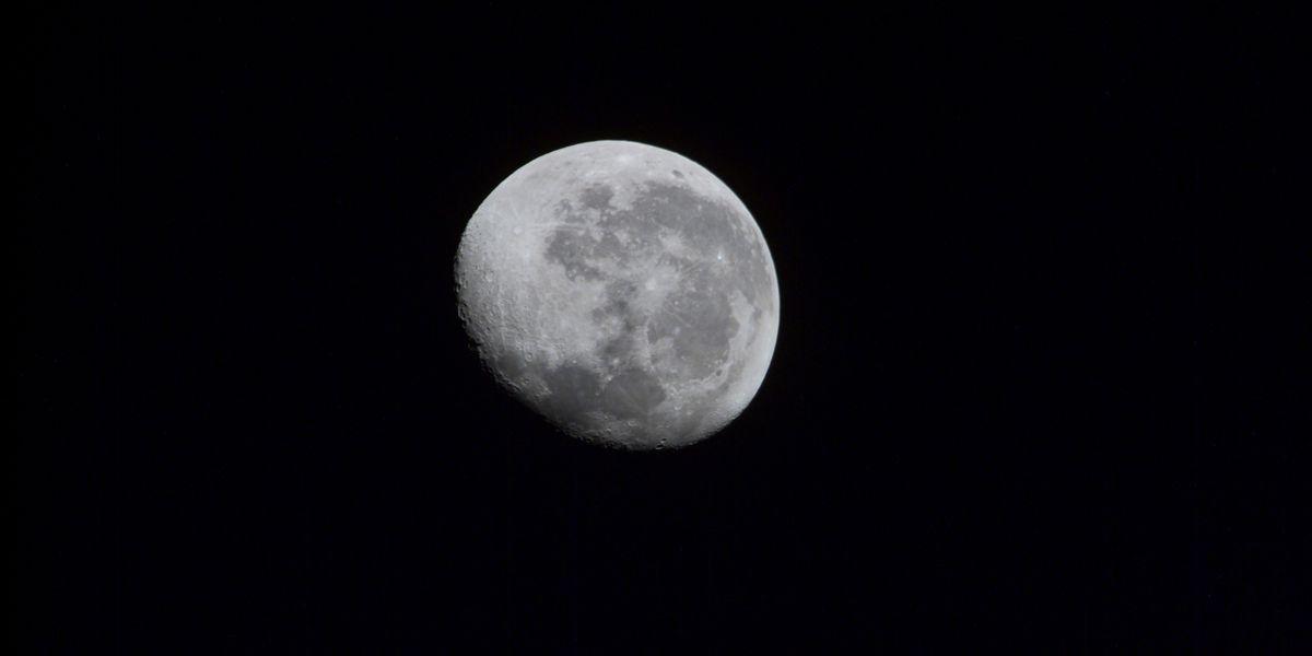 Moon, Jupiter, Saturn align in southern sky this weekend