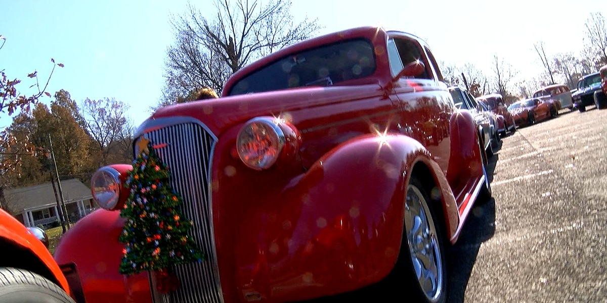 Hot rods parade through Louisville for annual toy run