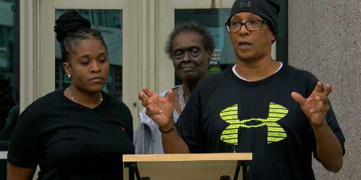Family of 17-year-old killed in South Louisville asks for justice