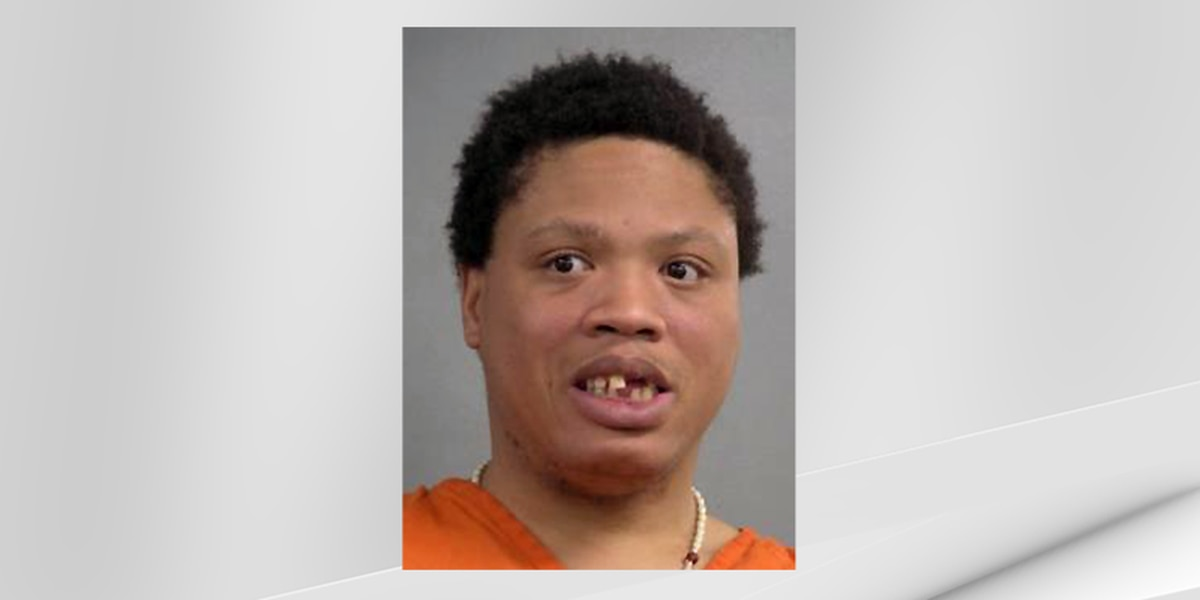 LMPD: Man banned from gas station charged for angrily trashing store