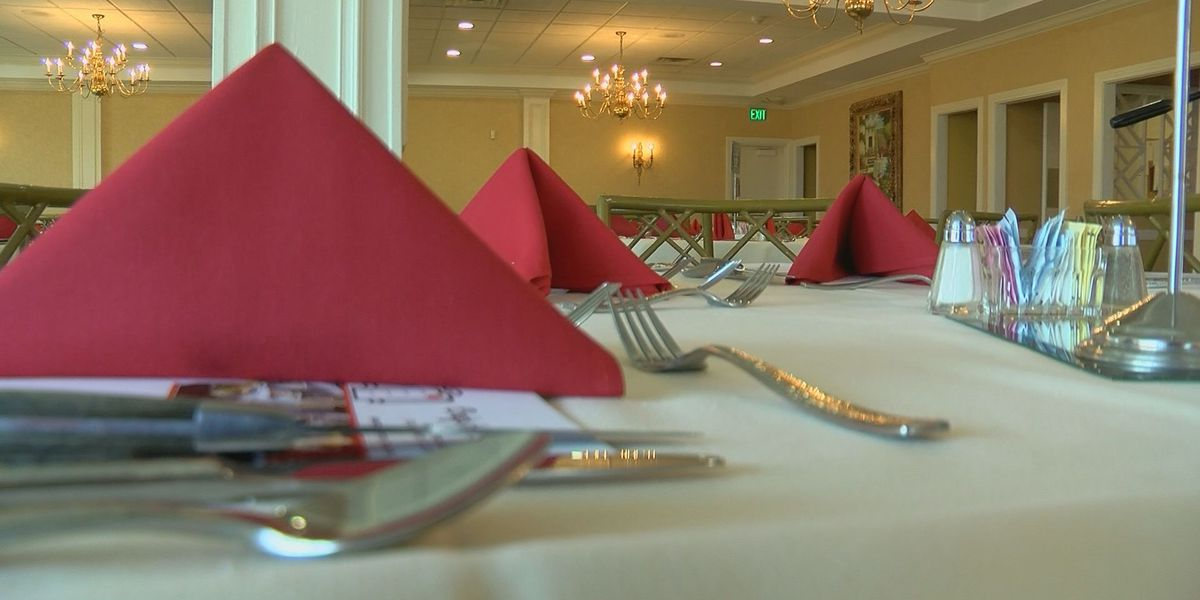 Louisville top chefs help students fundraise for local culinary program