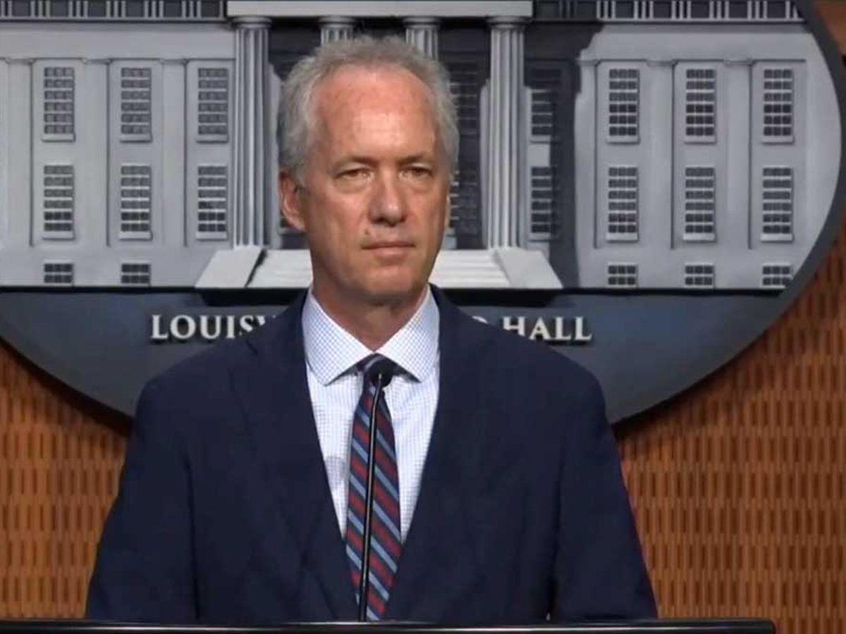 Mayor Fischer speaks for first time following Breonna Taylor case decision
