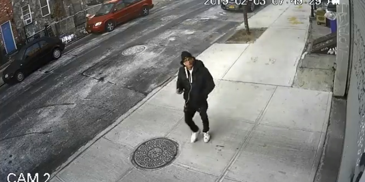 Man slashes woman's face after conversation, NYPD says