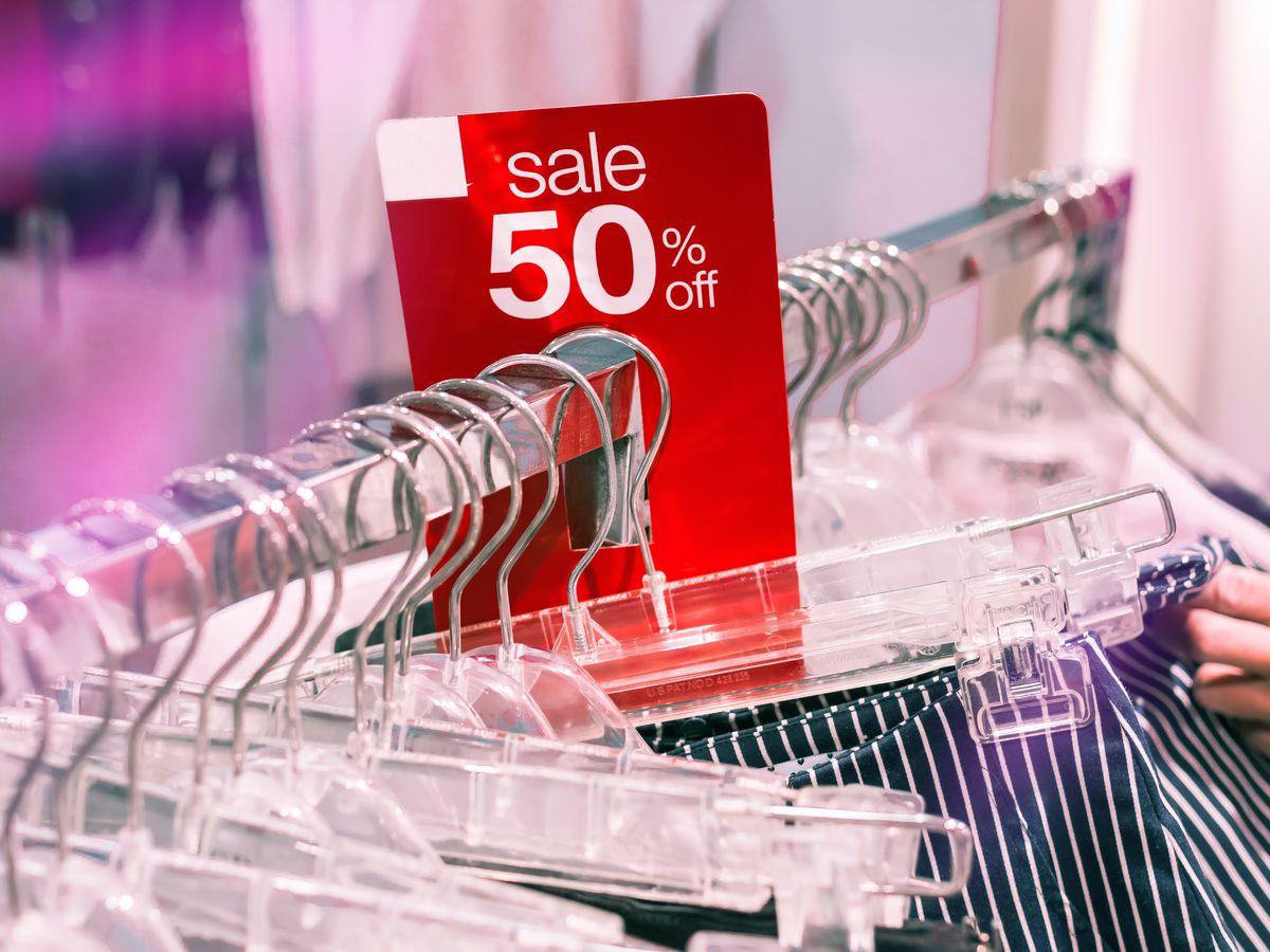 Shoppers take advantage of unusual Black Friday